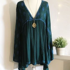 Free People Embroidered Bell Sleeve (L)